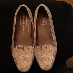 Clark's everyday preowned shoes